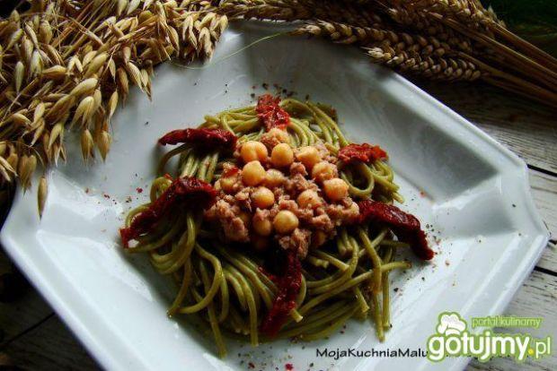 Zielone spaghetti z tuńczykiem