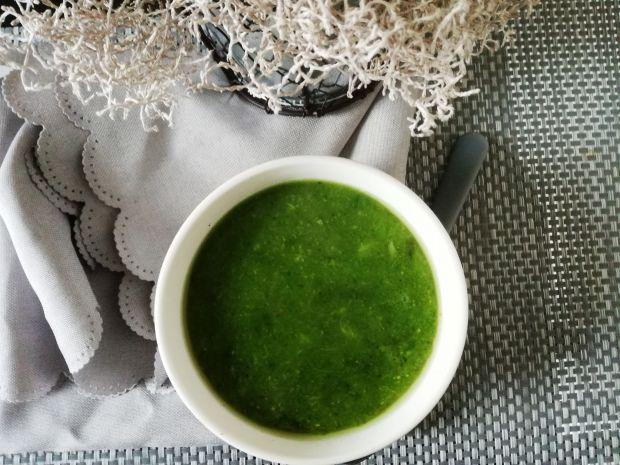 Zielony krem z brokułów oraz groszku