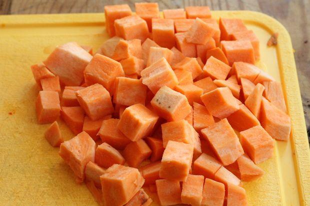 Ziemniaczana sałatka z batatami