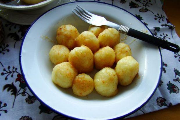 Ziemniaczane kulki z serem