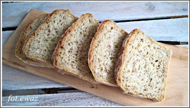 Ziemniaczany chleb z kaszą gryczaną