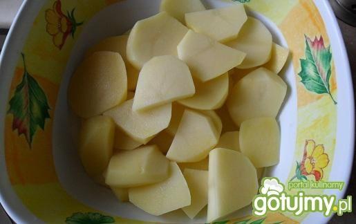 Ziemniaki czosnkowe z ziołami z parowaru