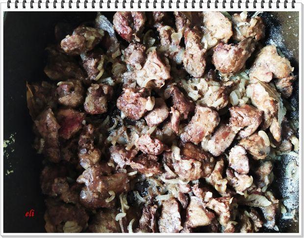 Ziemniaki Eli z wątróbką drobiową i ogórkami