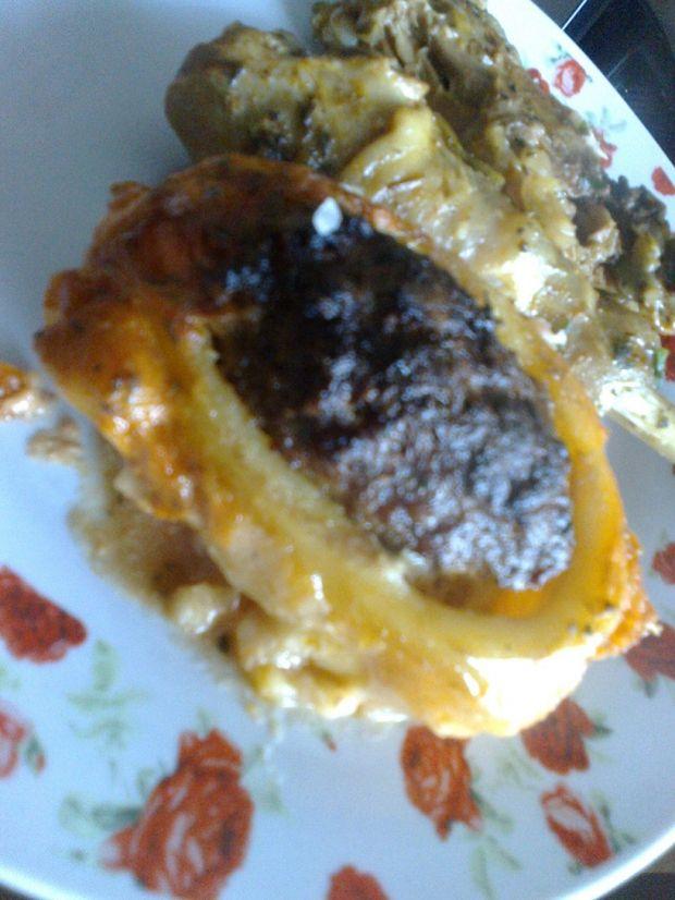 Ziemniaki faszerowane mięsem mielonym