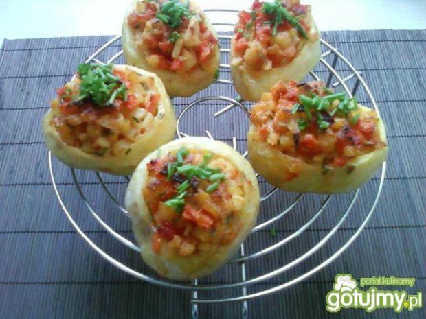 Ziemniaki faszerowane warzywami