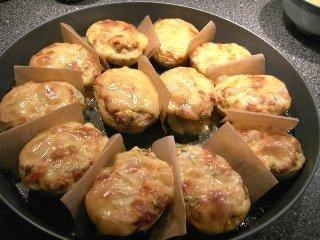 Ziemniaki nadziewane i zapiekane z serem