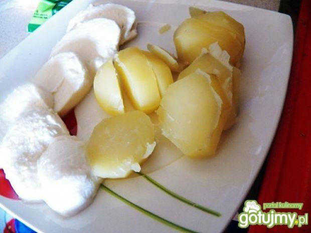 Ziemniaki z brokułem i mozzarellą