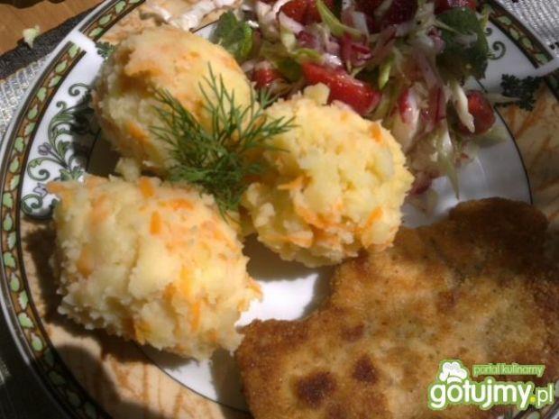 Ziemniaki z marchwią i drobiowy schabowy