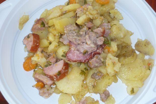Ziemniaki z ogniska pieczone z karkówką