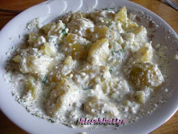 Ziemniaki z serem i cebulką