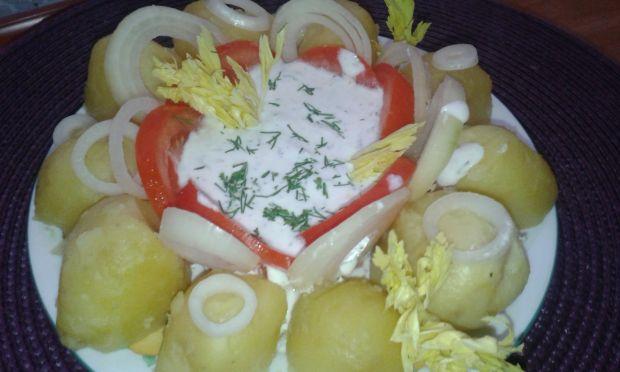 Ziemniaki z twarożkiem i selerem naciowym