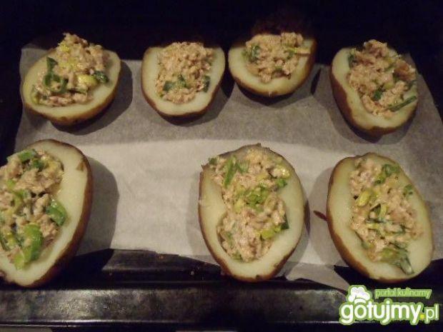 Ziemniaki zapiekane z farszem drobiowym