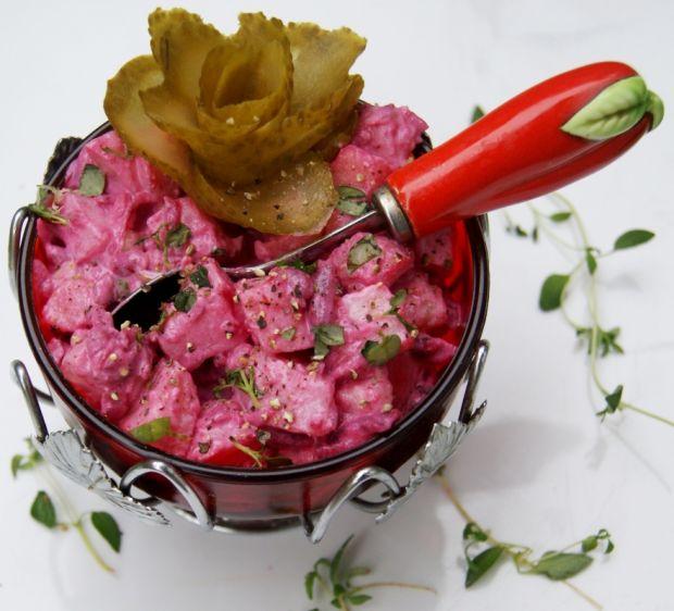 Zimna sałatka ziemniaczano-buraczana do mięs
