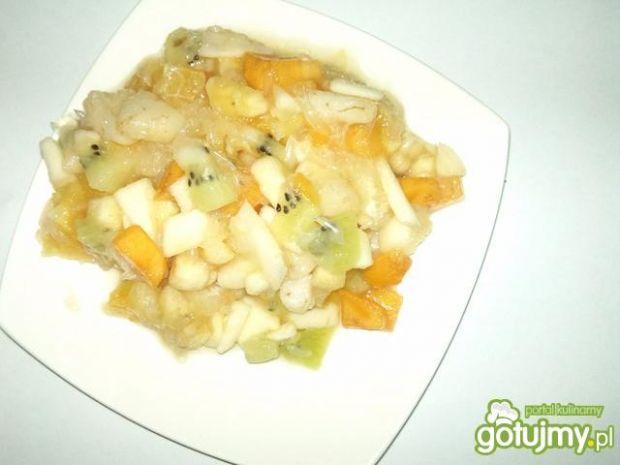 Zimowa sałatka owocowa