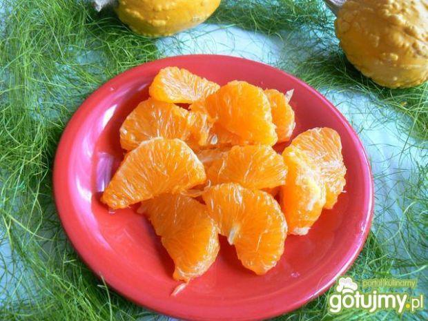 Zimowa sałatka ryżowa z mandarynkami