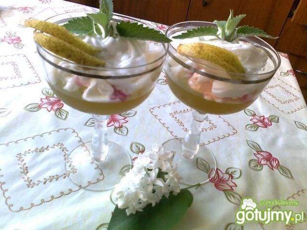 Ziołowy deser z gruszkami