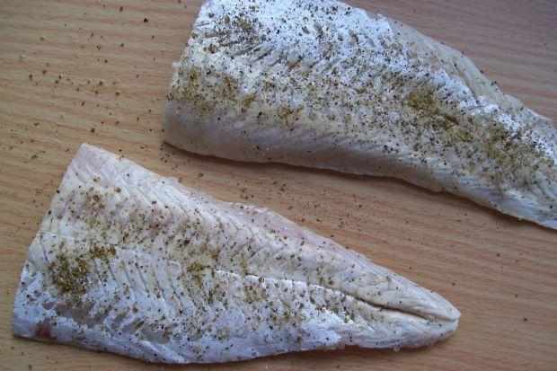 Złota rybka w cieście francuskim