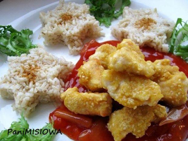 Złoty kurczak z sosem słodko-kwaśnym