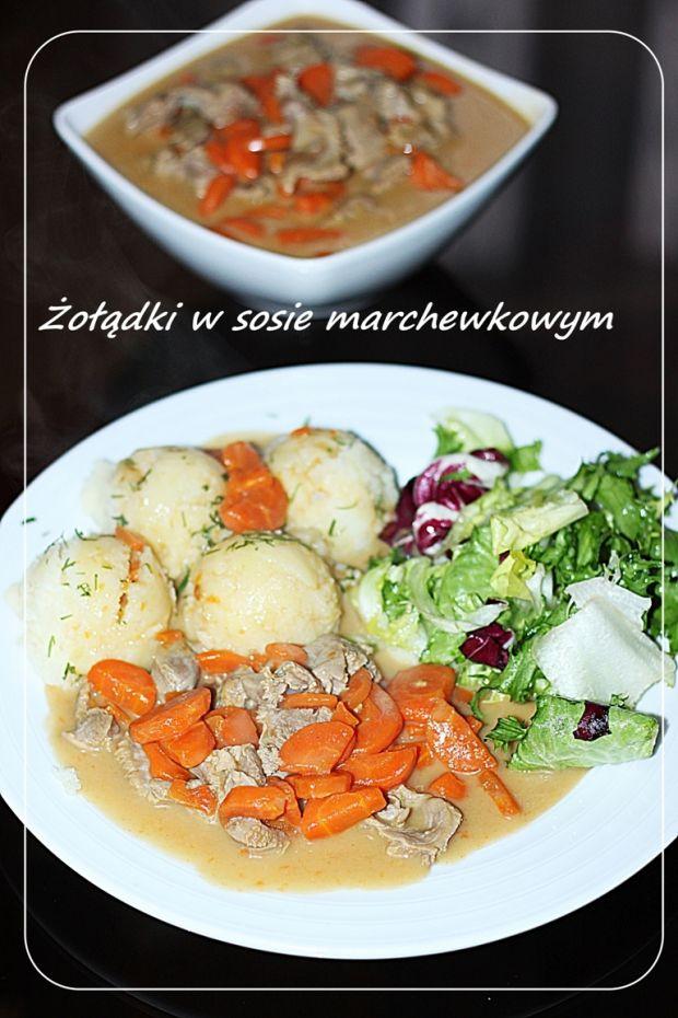 Żołądki drobiowe w sosie marchewkowym