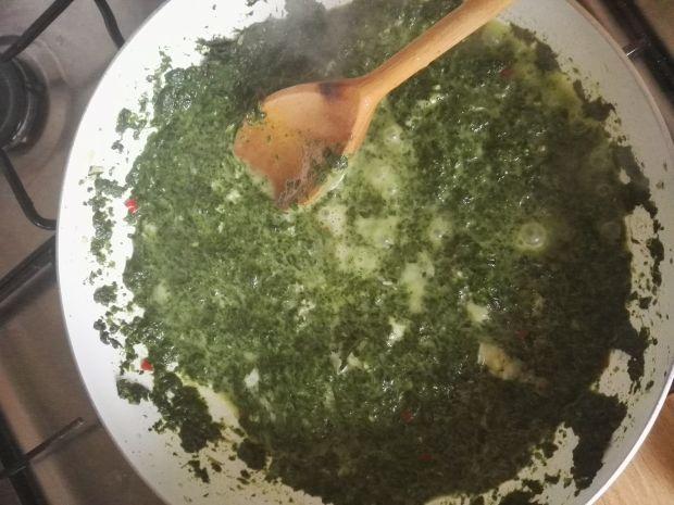 Zrazy schabowe ze szpinakiem i serem gorgonzola