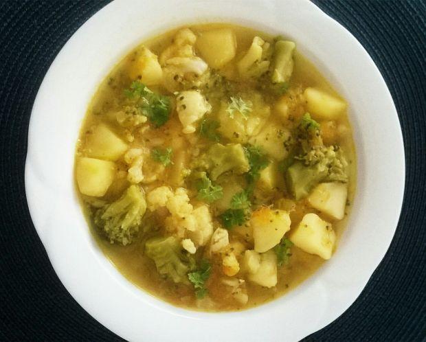 Zupa brokułowa z kalafiorem