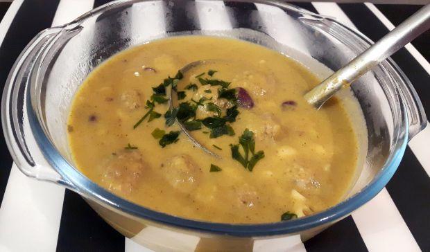 Zupa brokułowa z pulpecikami