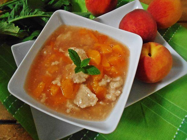 Zupa brzoskwiniowa z owsianymi kluseczkami