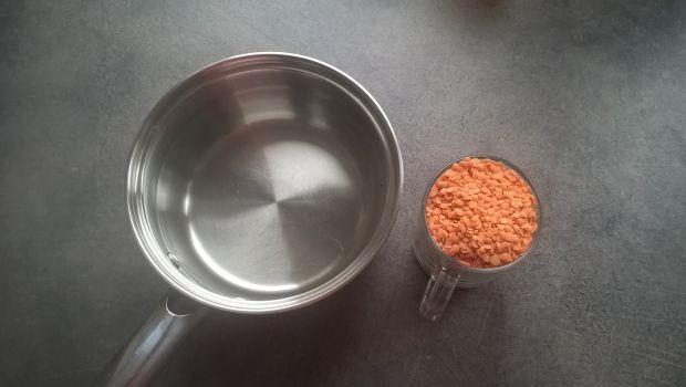 Zupa buraczkowa z czerwoną soczewicą