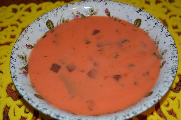 Zupa burakowa z koprem