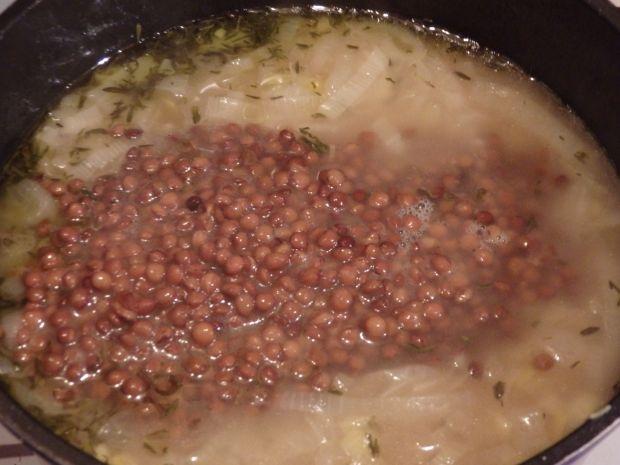 Zupa cebulowa z soczewicą