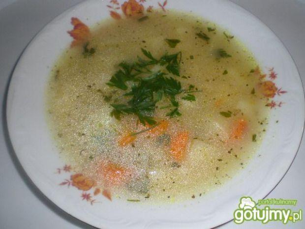 Zupa cebulowa z ziemniaczkami