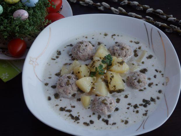 Zupa chrzanowa z pulpecikami z białej kiełbasy