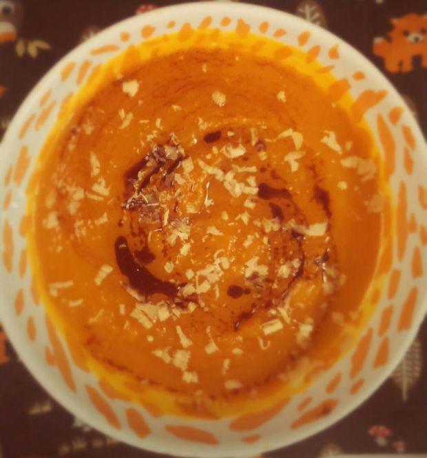 zupa dyniowa podkręcona czekoladą
