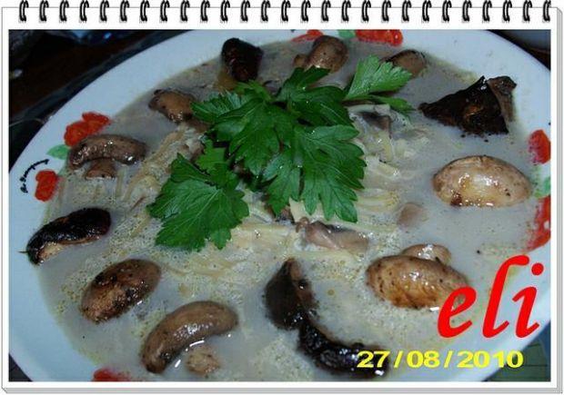 Zupa Eli z grzybów mieszanych