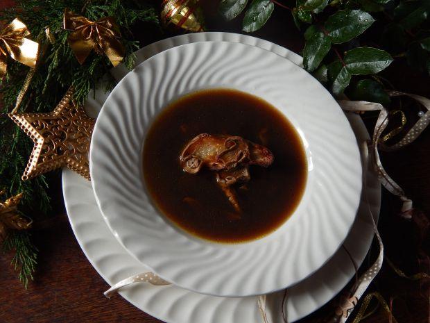 Zupa grzybowa z pieczomą gruszką