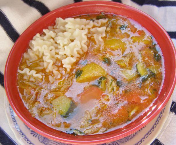 Zupa gulaszowa z kurczaka