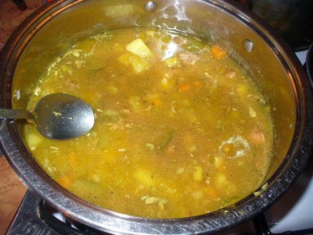 Zupa gulaszowa zdynią