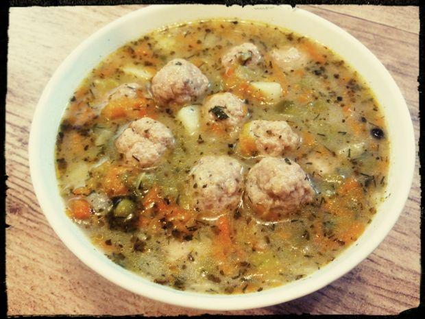 Zupa jarzynowa z pulpecikami