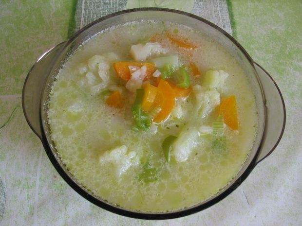 Zupa kalafiorowa z porem i ryżem
