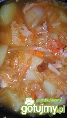Zupa kapuściana z nutką papryki