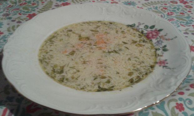 Zupa koperkowa z groszkiem