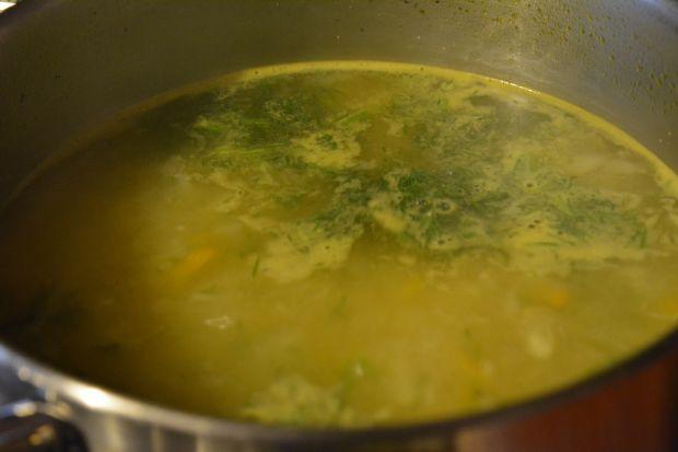 Zupa koperkowa z kaszą manną
