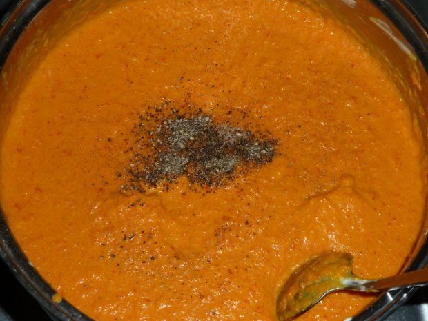 Zupa-krem dyniowa z pieczoną papryką i mascarpone