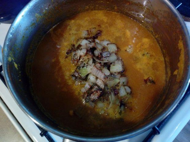 Zupa krem dyniowo - cebulowy