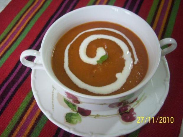 Zupa-krem paprykowy