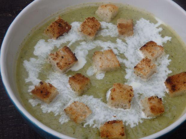 Zupa krem z cukinii i kalarepy