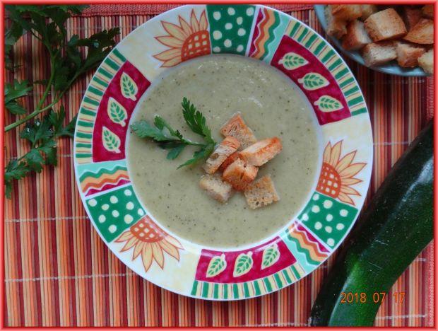 Zupa krem z cukinii i kapusty