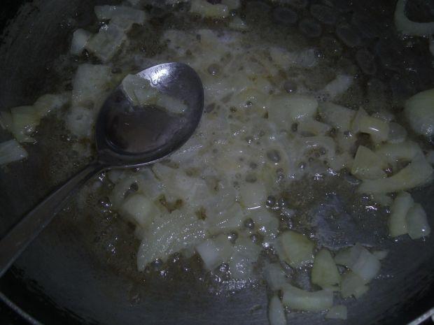 Zupa krem z cukinii z ziarenkami