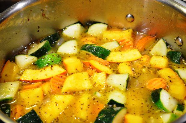 Zupa krem z dyni i cukinii