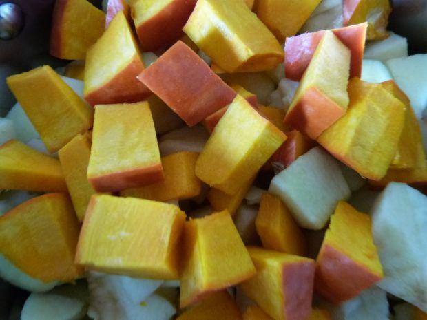 Zupa krem z dyni i jabłek
